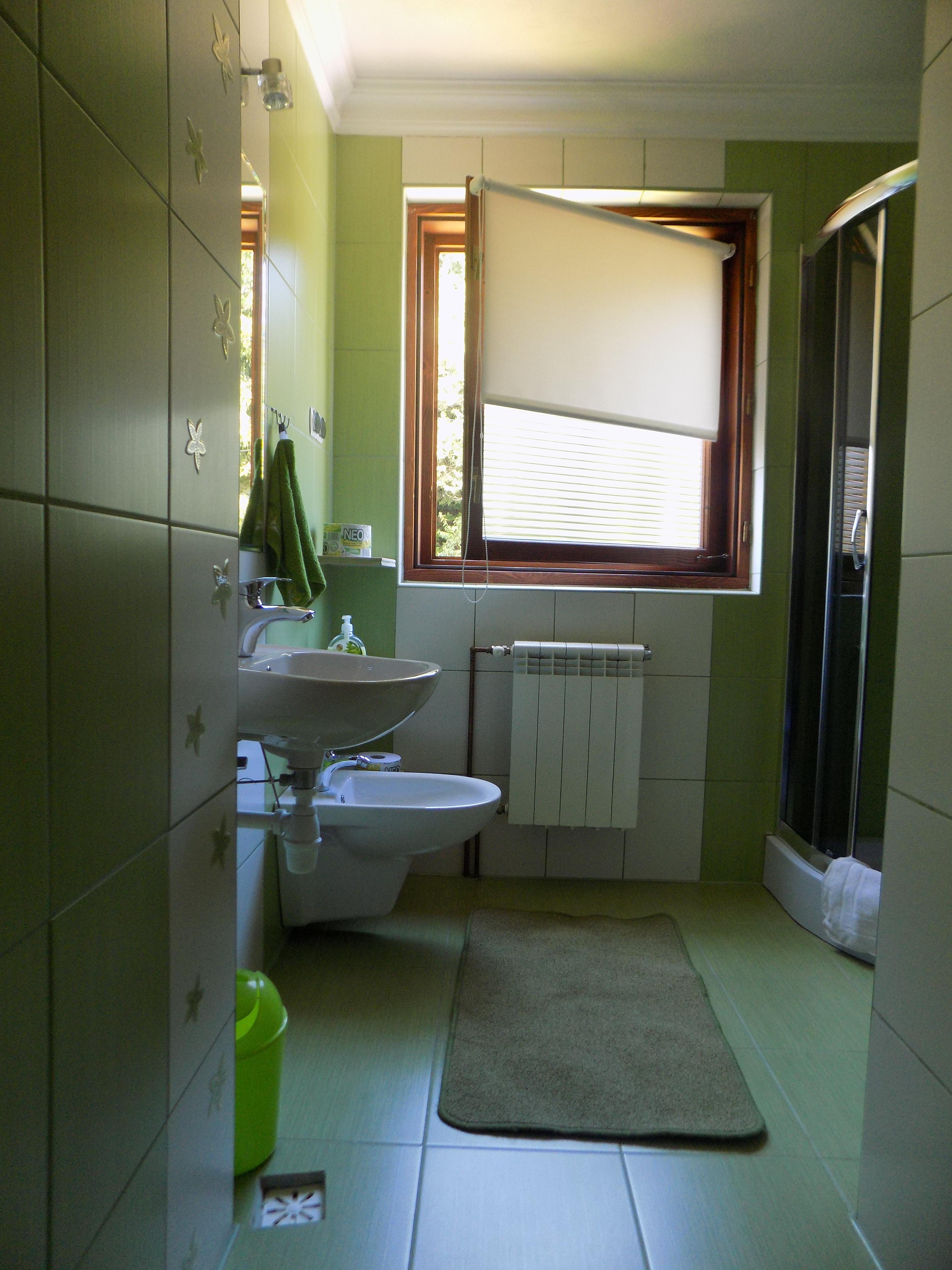 łazienka-do-pokoju-2-os